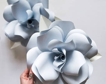 Giant Paper Roses / Paper Flowers Wall Decor / Paper Flowers / Flower Wall Decor / Paper Flower Wall / Paper Wall Flowers / Paper Flower