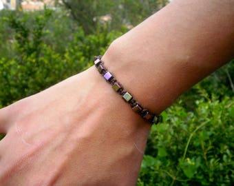 Hematite stones bracelet in brown macrame