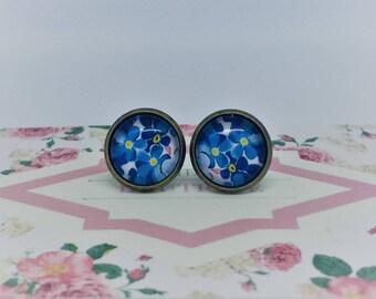 Retro Blue & Yellow Floral Handmade Vintage Boho Glass Stud Earrings. Jewellery Gift for Women, Girlfriend, Wife, Fiancee, Girl, Valentine.