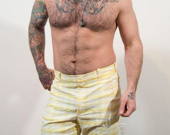 1970's Men's Shorts / Vintage Size 36 Yellow and White Plaid Checkered Casual beach shorts