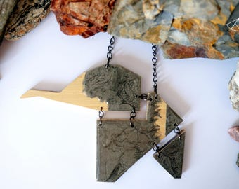Long NECKLACE made of wood chipped gray Elephant