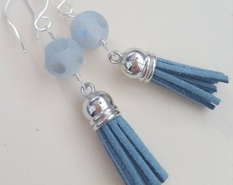Tassels earrings with glass frosted beads