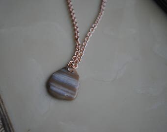 Rose shell necklace