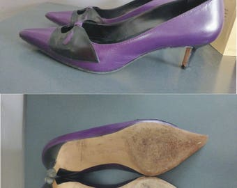 90s Manolo Blahnik. EU size 37. Purple & black leather vintage heels, made in Italy.  In a very good vintage condition.