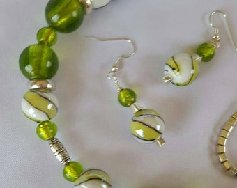 Lime Swirl Glass Necklace and Earrings