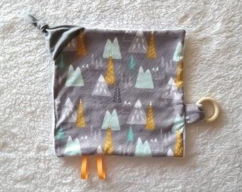 Baby Sensory Blanket - Mountains