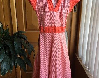 1970's red and white candy stripe dress - XS