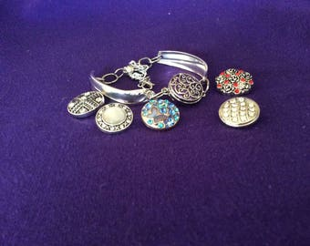 Spoon Bracelet ~ Snap Bracelet ~ Vintage - Handcrafted ~ Spoon Jewelry ~ Snap Jewelry ~ Gaity Pattern
