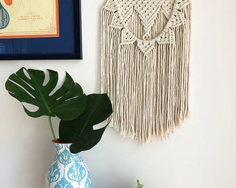 Cream Colored Sunflower Macrame Wall Hanging on a Wooden Dowel, Woven Wall Hanging, Boho Hippie Tapestry, Bohemian Decor, Statement Piece