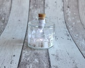 """Lichtflasche Flaschenlicht """"Strandhäuschen Meerweh"""" von Frollein KarLa"""