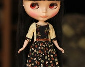 Dress for blythe and licca - light yellow-black-leaves