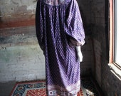 INDIAN GAUZE Vintage 1970's Purple Block Print Kaftan Tunic Dress with Quilted Collar and Beaded Tassels, by Southern Comforts, Size Medium