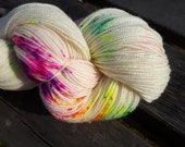 Special Listing for Louise Sparkle Glam Base - Fingering Weight 100g - NEON SPRINKLES - Wool, yarn, superwash merino, speckles.