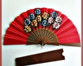 Abanico de flores calado, abanico artesanal, abanico español, regalo para ella, abanico complemento, abanico rojo, abanico regalo, abanico.