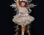 Victorian Christmas ornament.  Ballerina ornament.  Ballerina Christmas ornament.  Ballerina. Girl. Vintage. Victorian. Dancer.  BAL1805