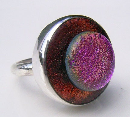 Etsy :: wendylee :: Top Hat Dichroic Glass Ring