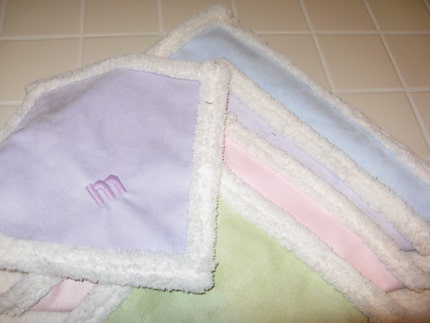 Green Snuggler - super soft mini blanket for your baby
