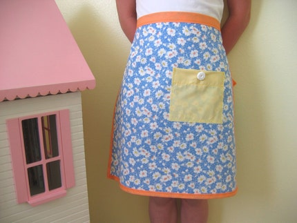 Childrens Apron - apricot, blue, white