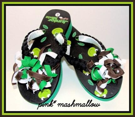 Custom Frog Junior Mints Korker Bow Flip Flops