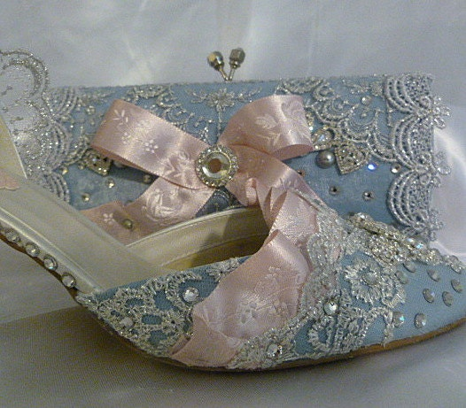unique wedding shoes handbag crystals rhinestones jewels
