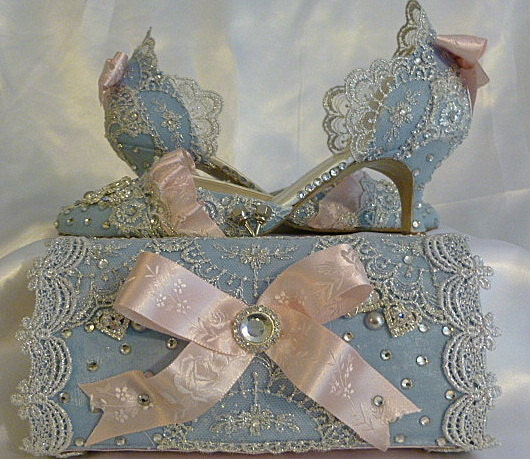 dream wedding shoes sparkles lace ribbons jewels rhinestones crystals
