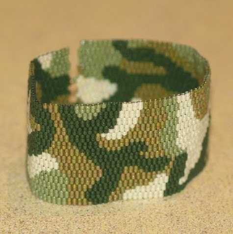 Camo Cuff - Peyote Beadwoven Bracelet (2798)