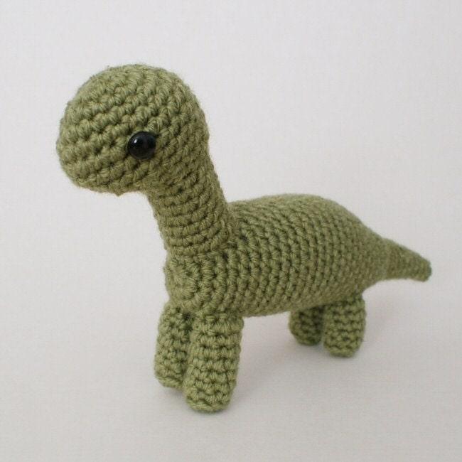 Amigurumi Dinosaur Pattern Free : Brachiosaurus amigurumi dinosaur CROCHET PATTERN by PlanetJune