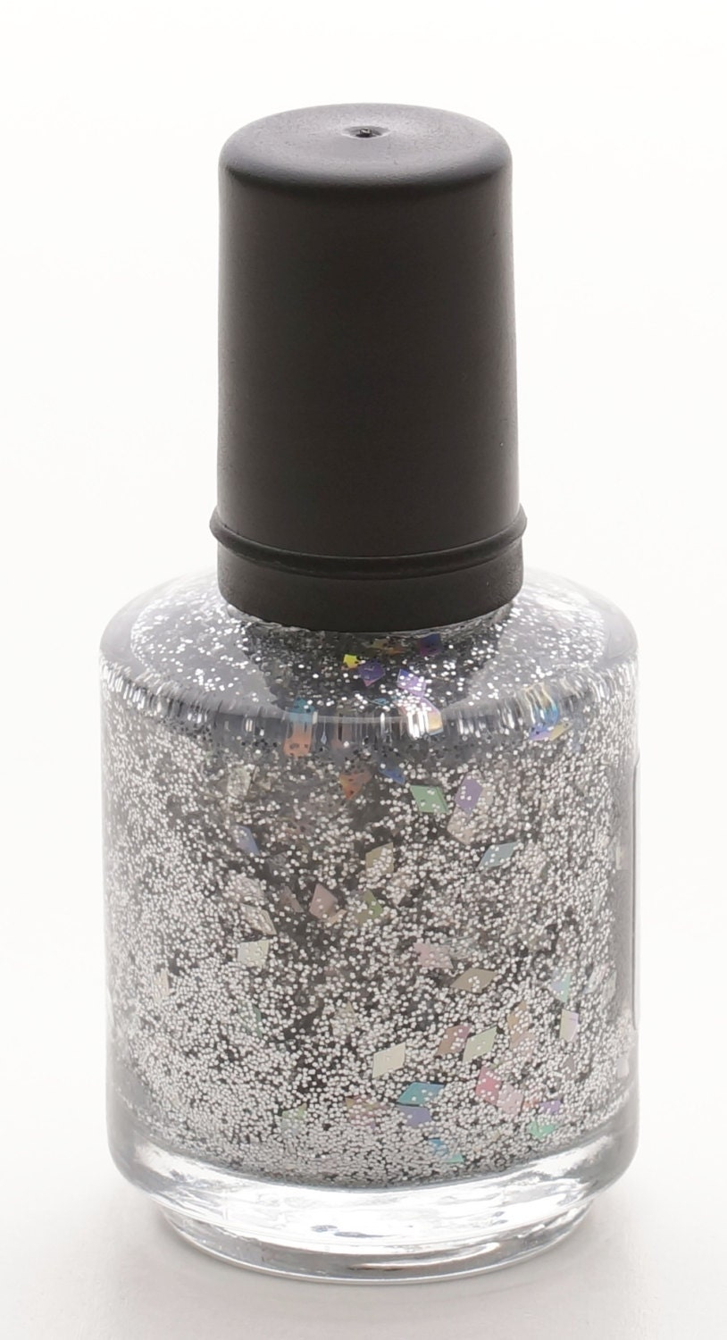 Silver Diamonds Nail Polish (15 ml)