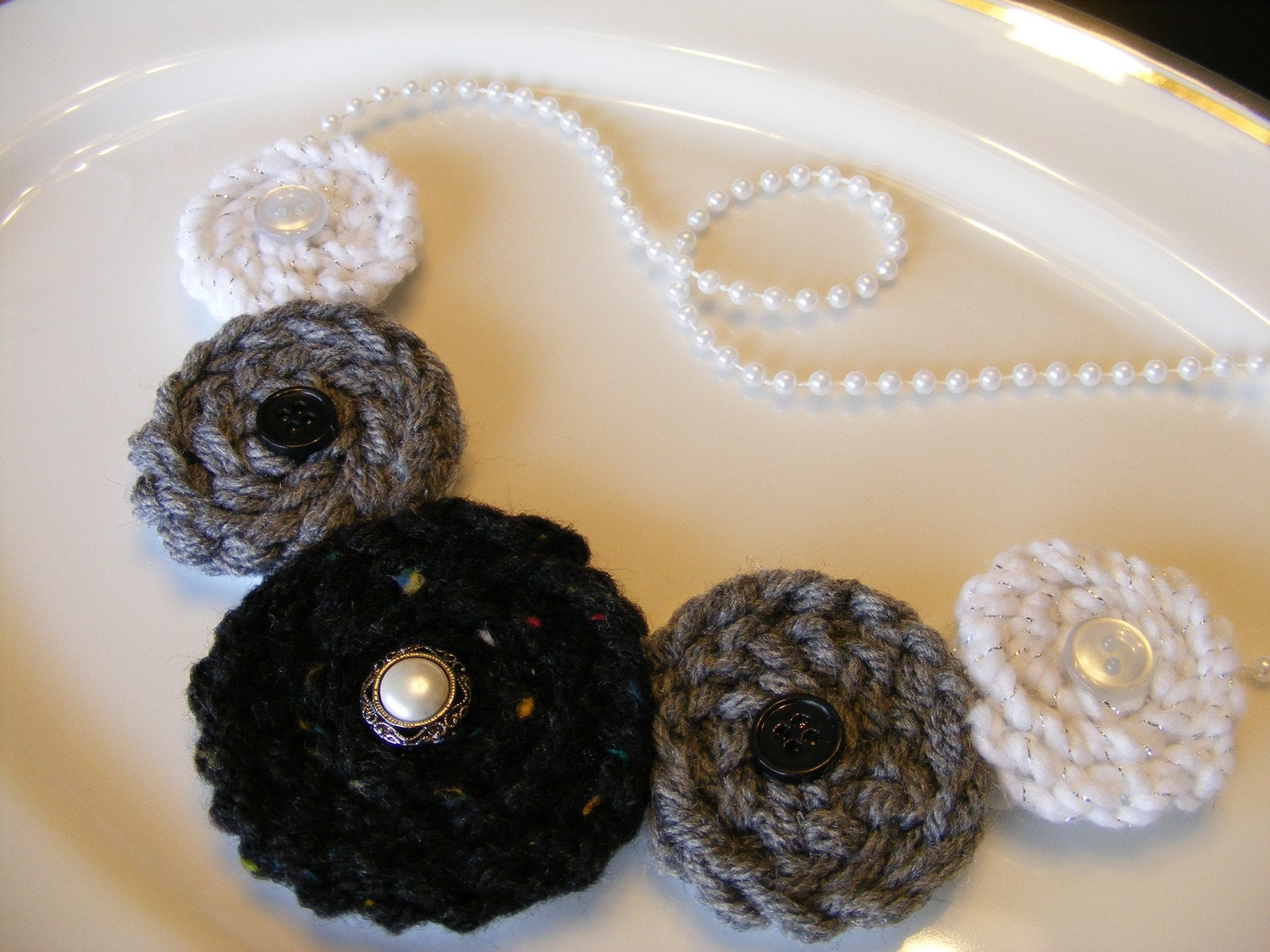 Crocheted Rosette Black, White, & Gray Pearl Necklace