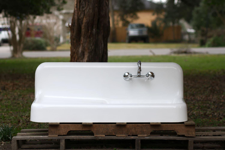 High Back Farmhouse Sink : ... 1925 High Back Farmhouse Sink Large Apron, Backsplash & Drainboard