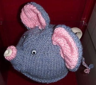 ELEPHANT TEA COZY KNITTING PATTERN | FREE KNITTING PATTERNS
