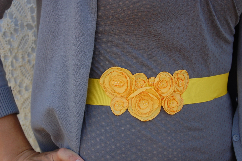 Rosebud belt, in marigold