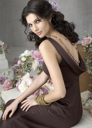 2011 V - زیبا شکلات گردن طراحی لباس ساقدوش عروس