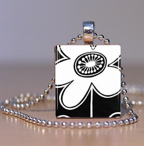 B & W Daisy Scrabble Tile Pendant