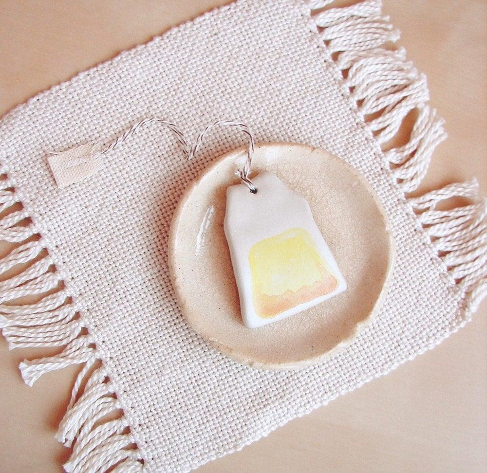 Ceramic Teabag (chamomile)