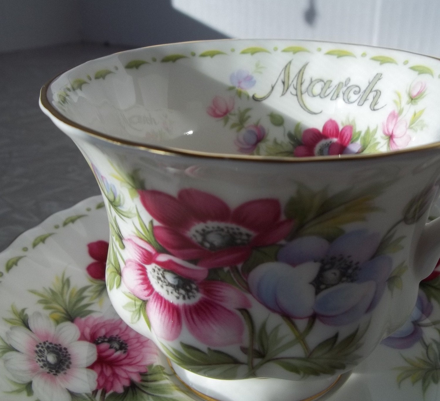 Royal Albert Bone China Anemonies Tea Cup