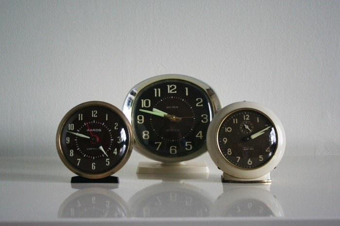 SALE // Instant Collection of Wind up Alarm Clocks