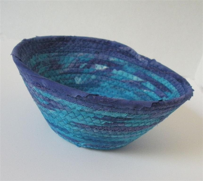 Small Blue Waves Bowl - PiecefulDesign