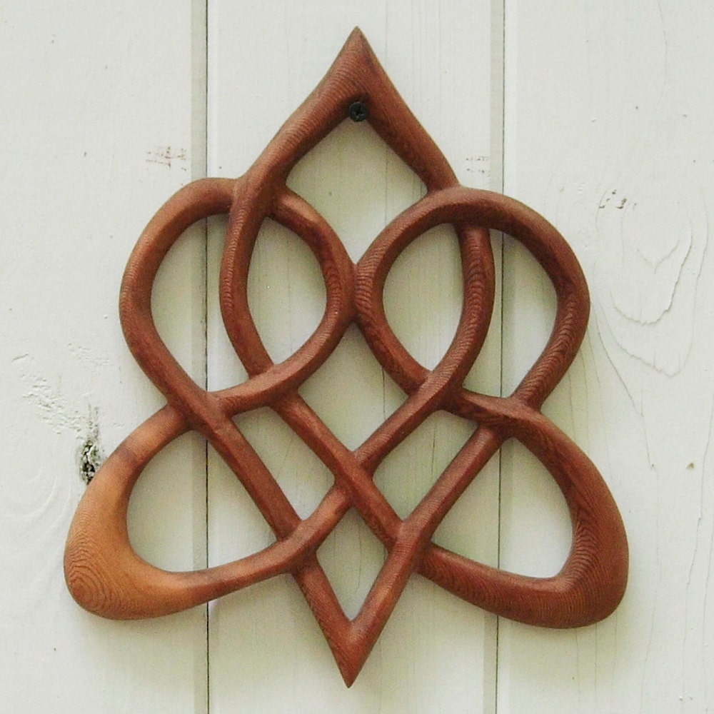 celtic symbols for love and family the image kid has it. Black Bedroom Furniture Sets. Home Design Ideas