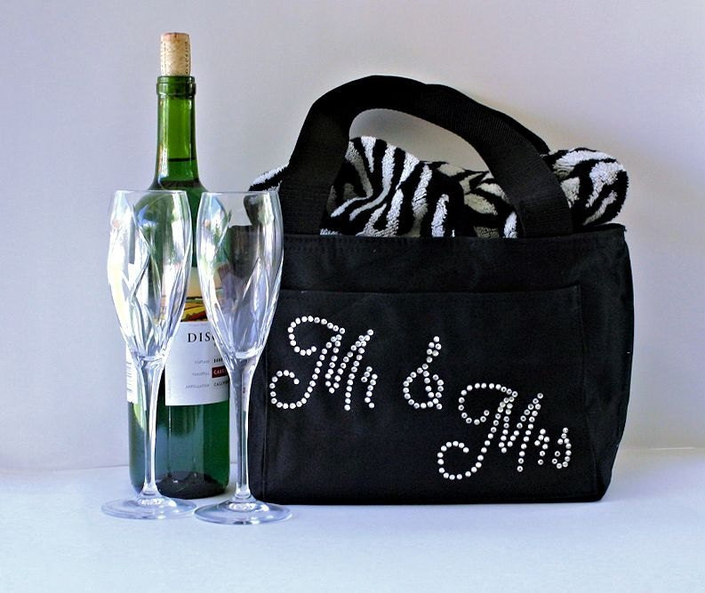 Personalized Unique Wedding gift Bride and Groom by ArenLace