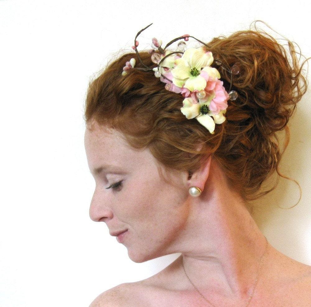 Sweet Soft Petal Bridal Comb