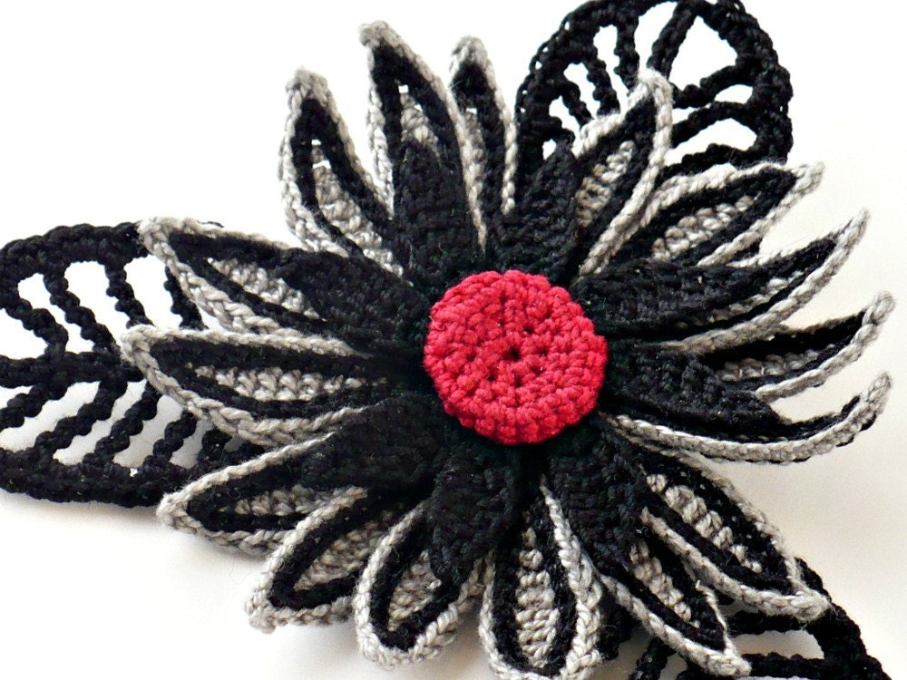 il 170x135.275165935 Etsy Treasury: Steampunk Crochet