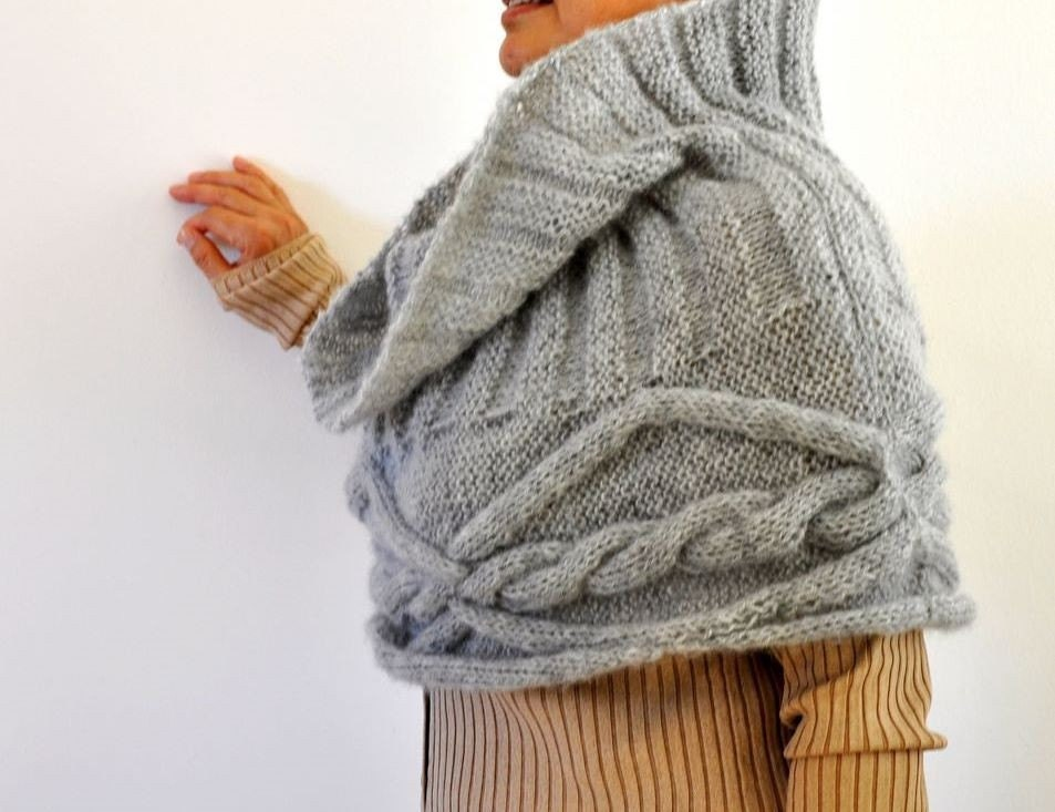 Gray Cozy Warm Cable Mohair Capelet - Winter Fashion