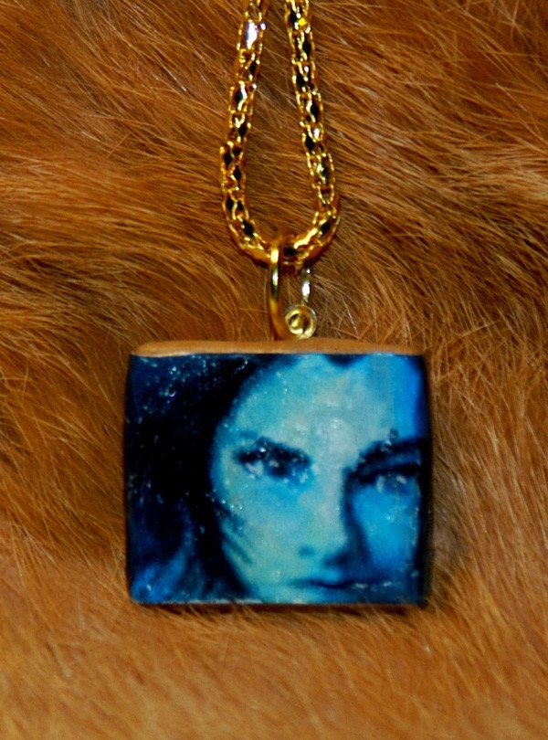 originl art jewelry pendant  girl