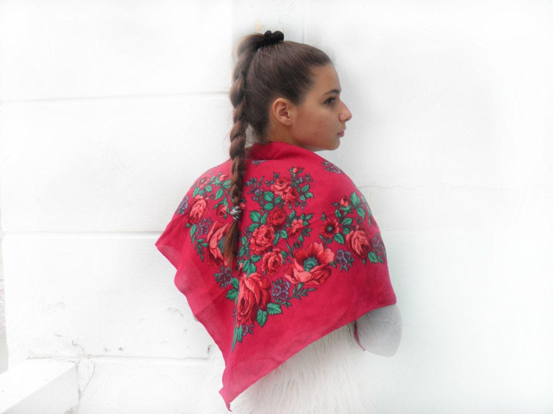 Russian shawl,  Russia scarf,  Wool shawl, Vintage Russian ,Floral Shawl ,russian style shawl, floral scarf,  Babushka Russian - bestLuba