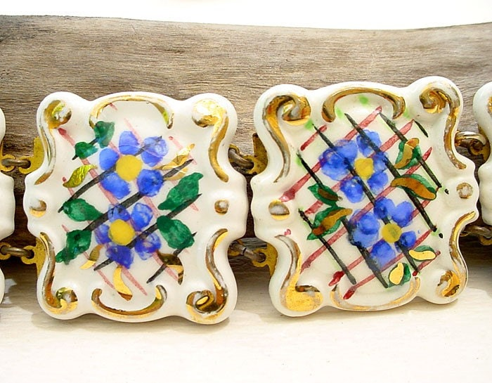 Vintage HP Porcelain Chunky Bracelet  by Katofmanycolors on Etsy