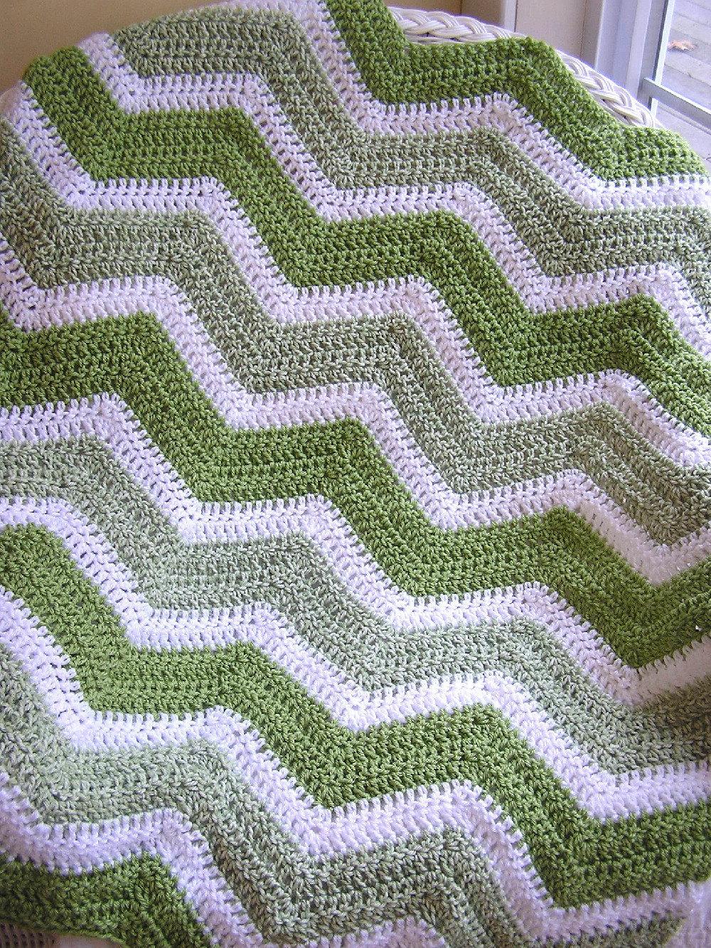 Crochet Zig Zag Baby Blanket : chevron zig zag baby blanket afghan wrap crochet knit toddler lap ...