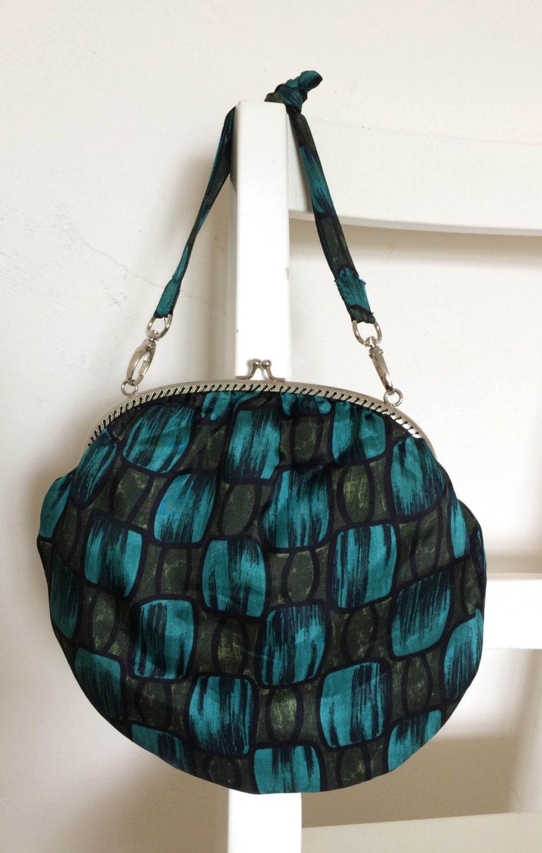 Handmade geometric print vintage fabric kissclasp handbag
