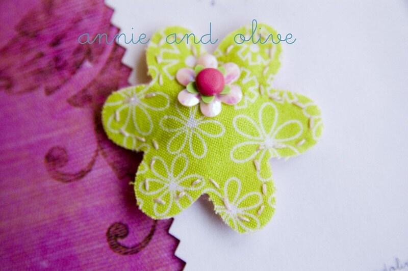 Green is my garden....fabric and felt hair clip