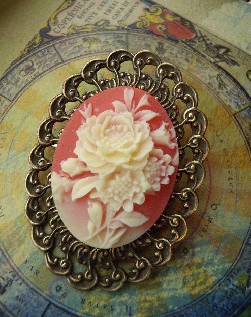 Cameo Rose Fashion Brooch